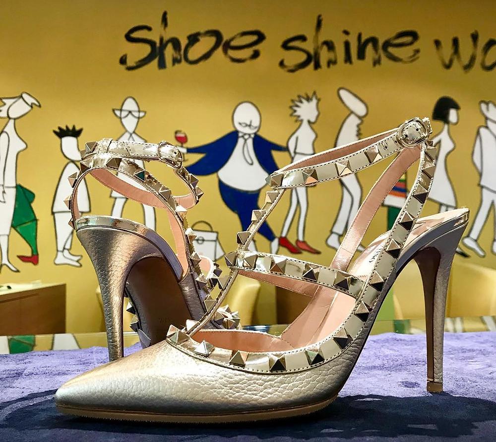 ヴァレンチノの集荷宅配靴磨き&クリーニング