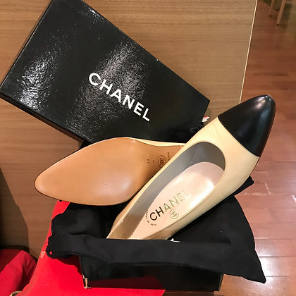 CHANEL High Heel Pumps