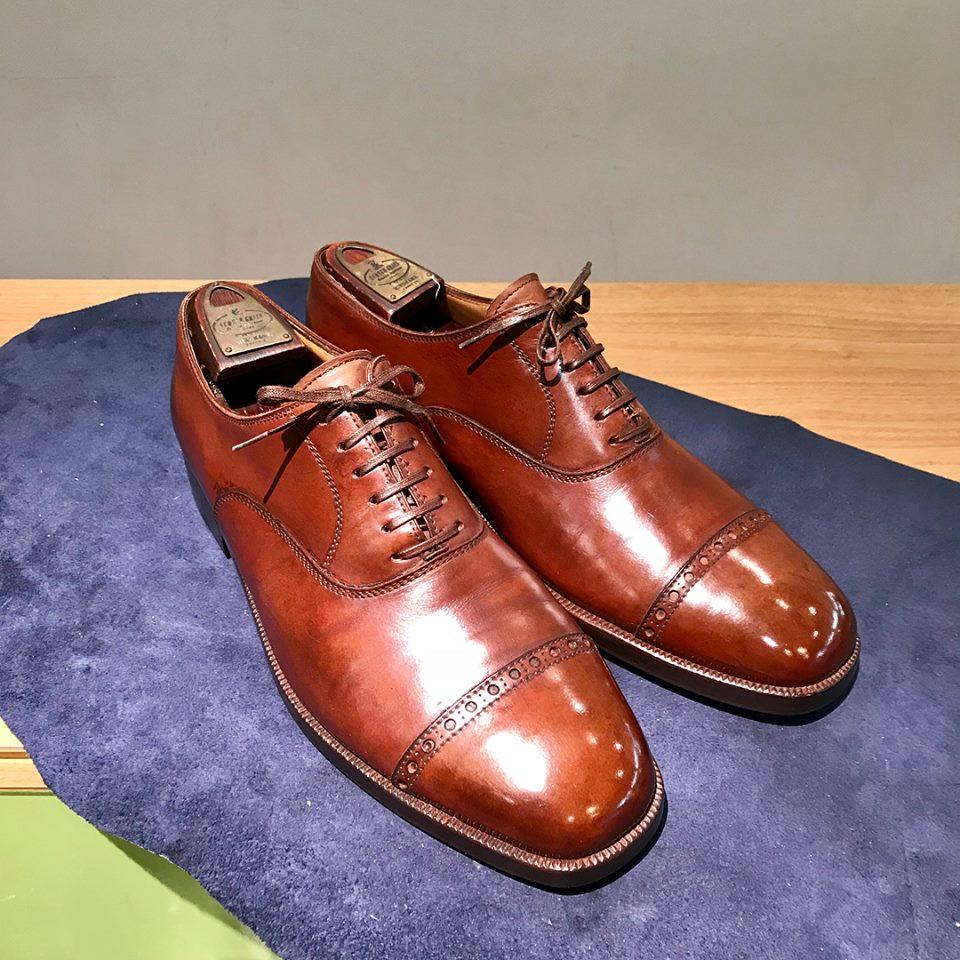 ビスポーク靴の宅配集荷靴磨き修理ならシューシャインワークスにお任せください。