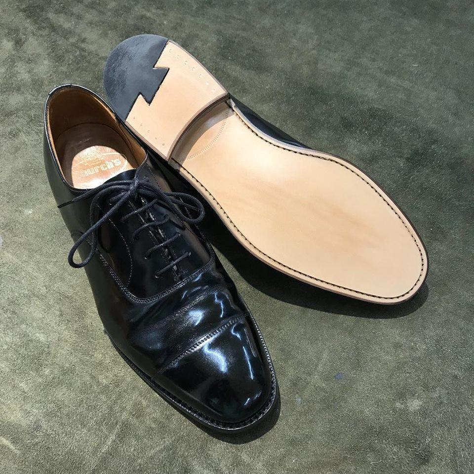 チャーチの宅配集荷靴磨き修理と靴クリーニング