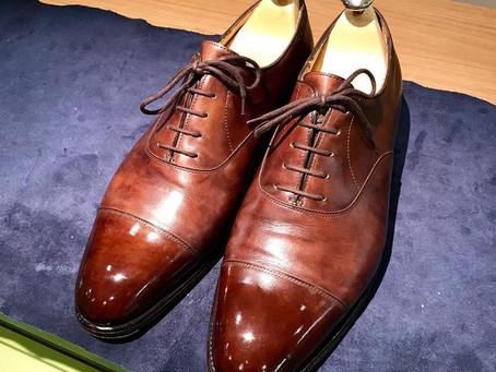 JOHN LOBBの鏡面靴磨き