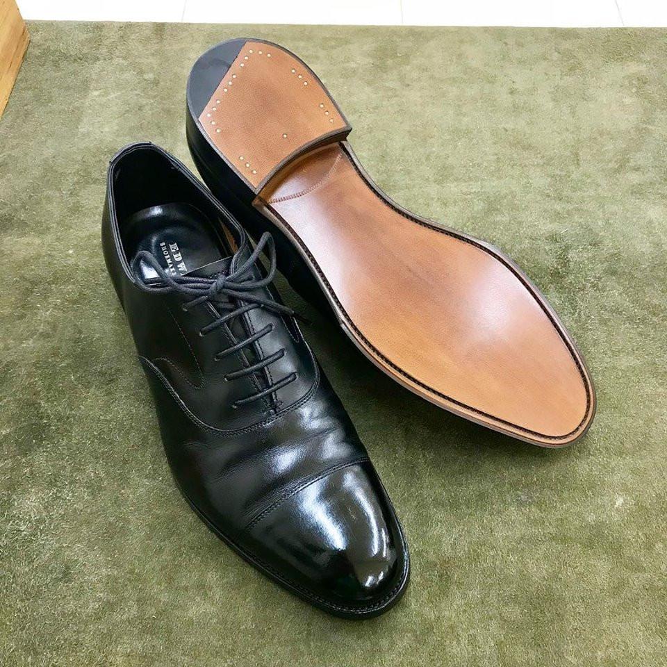 エドワードグリーンの宅配集荷靴磨きと靴修理ならシューシャインワークスにお任せください。