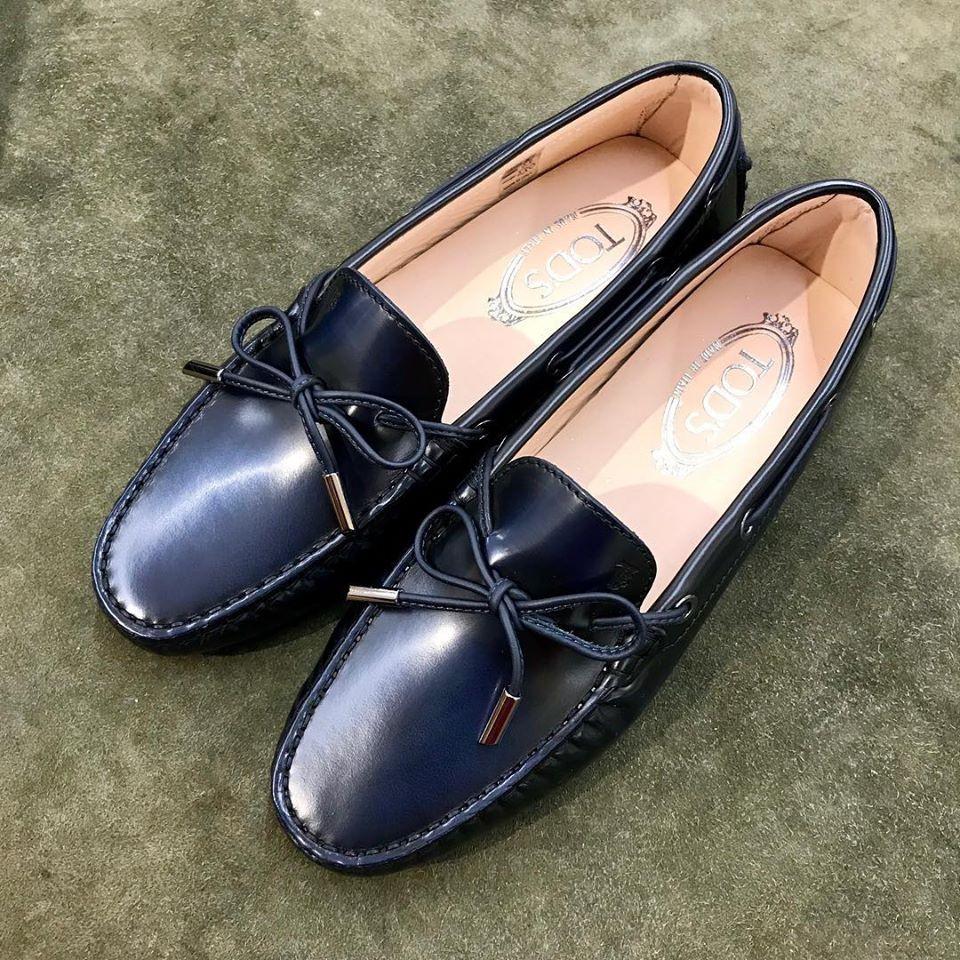 トッズ 靴磨き