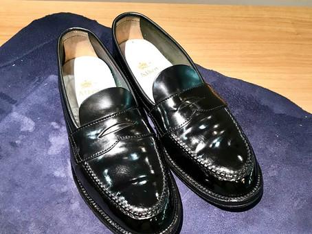 Alden のコードバンローファーの靴磨き