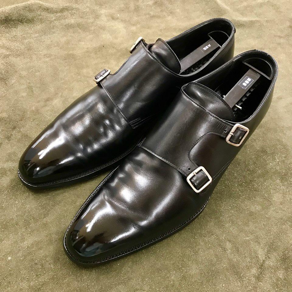 クロケット&ジョーンズの宅配集荷鏡面靴磨き