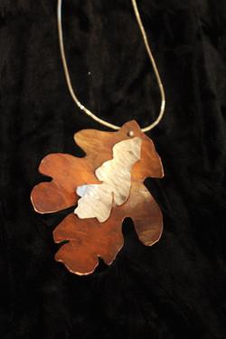 Autumn pendant 1