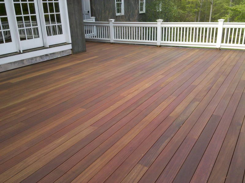 Deck in Washington, CT