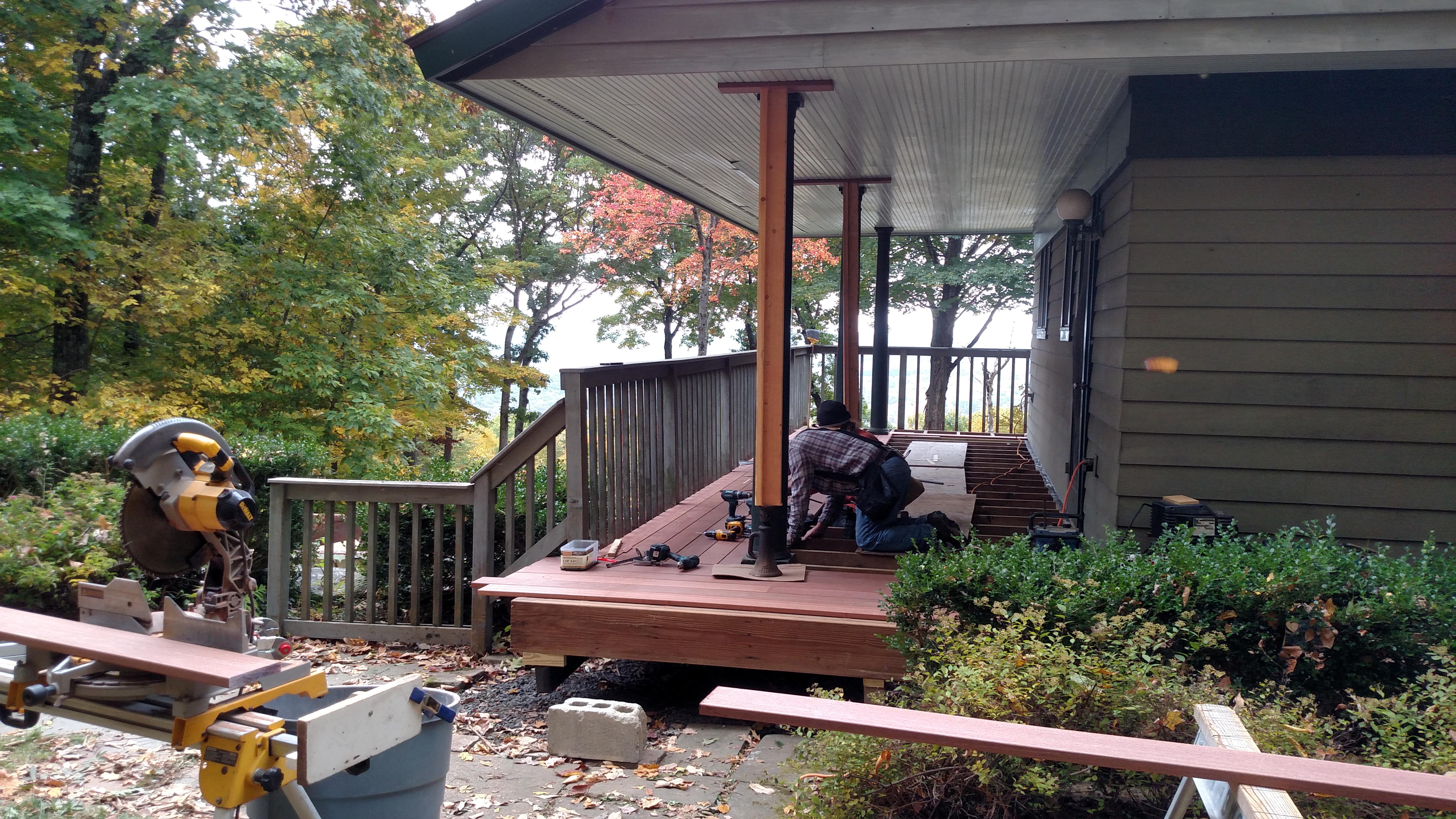 Deck in Kent, CT