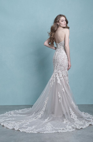 ri wedding dress, ct wedding dress, westbrook wedding dress shop, fit and flare wedding dress, lace wedding dress