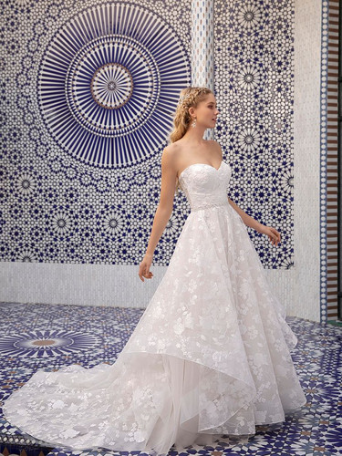 CT Bridal Shops, Bridal Shops in CT, ct wedding dresses, connecticut wedding dress, ballgown, hayley paige inspired wedding dress