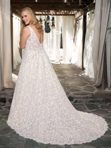 RI Bridal Shop, Bridal Shop RI, a-line wedding dress, plus size wedding dress