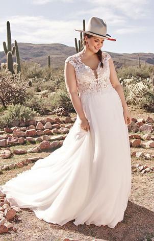 RI Bridal Shop, Bridal Shop RI, plus size wedding dress, boho wedding dress