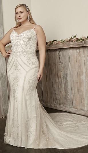 CT bridal shop, CT wedding dress shop, plus size wedding dress, plus size fitted wedding dress
