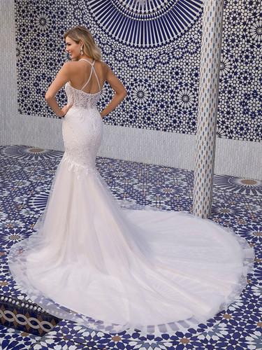 RI wedding dress shops, bridal shops in ri, wedding dress shops in RI, fit and flare wedding dress