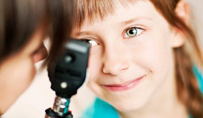 eye-care-for-kids-houston-2016-696x407