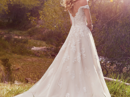The Ultimate Wedding Dress Checklist