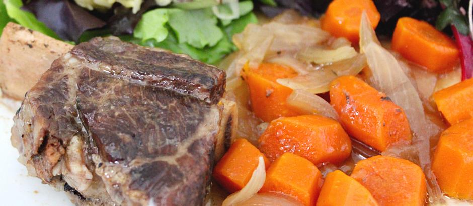 Slow Cooker Beef Short Rib Sauerbraten