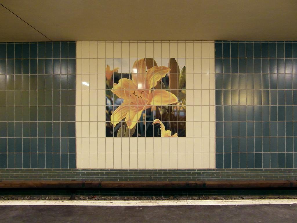 Murales di mattonelle fotoceramiche