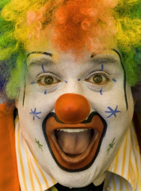 01-Clowns