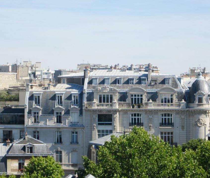 Paris window view2