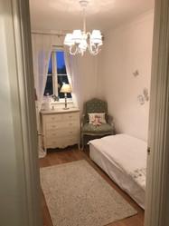 Girl Bedroom.jpg