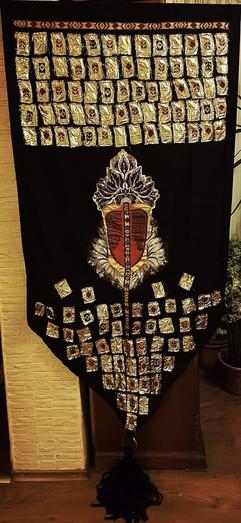 stela-lucici-steag-medieval-colaj-te