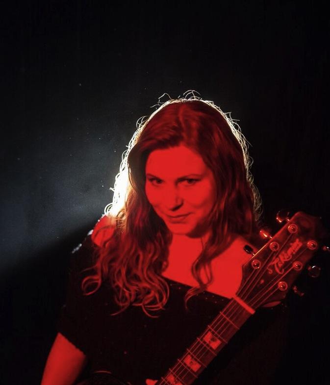 Lindsay - Red Letter