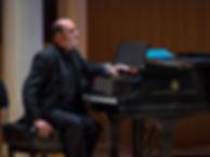 Robert@piano.jpeg