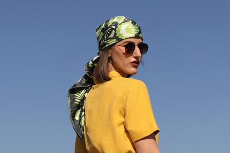 noé verdure, anath silk fashion, accessiore, silk scarf, anath silk fashion, head scarf, 100% silk, sky, green, made in italy, silk twill, how to style silk scarf, sunglasses, bandana,