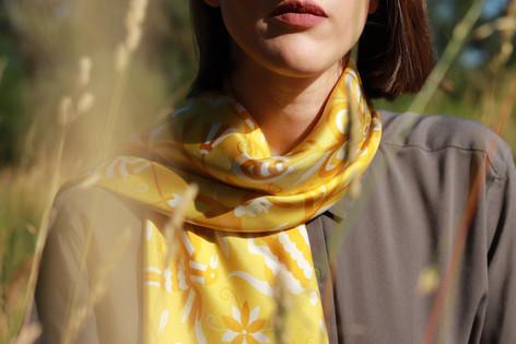 La Tribù veronese, anath silk fashion, yellow, silk twill, 100% silk, made in Italy, design, silk scarf, hand rolled edges, outdoor