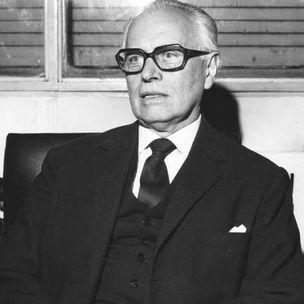 Juan F. Linares