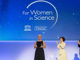 """Karen Hallberg, Premio Internacional L'Oréal-UNESCO """"Por las Mujeres en la Ciencia"""""""