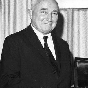 Hans J. Schumacher