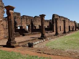 Difusión de publicaciones sobre patrimonio cultural argentino junto a CEDODAL