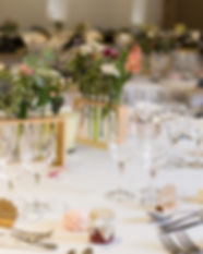 Amenagement Salle de reception, éclairage, table, mange debout, barnum
