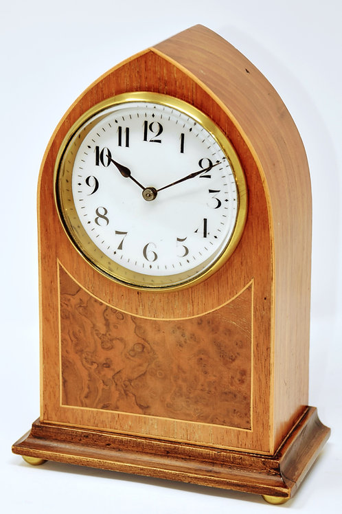 A Beautiful Burr inlay with Boxwood Timepiece Clock