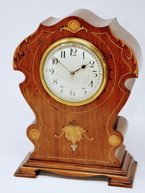 Timepiece MantleClock