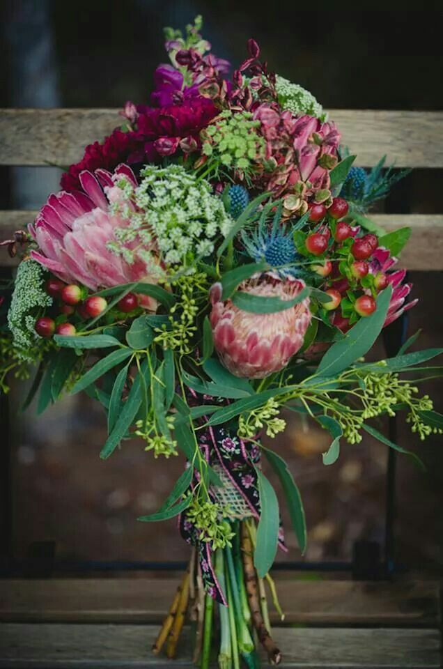 october wedding bouquet