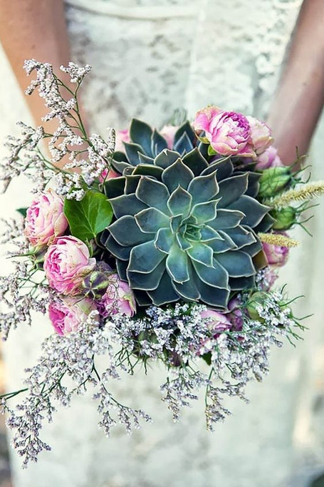 11 Creative Ways to Use Succulents in Your Wedding