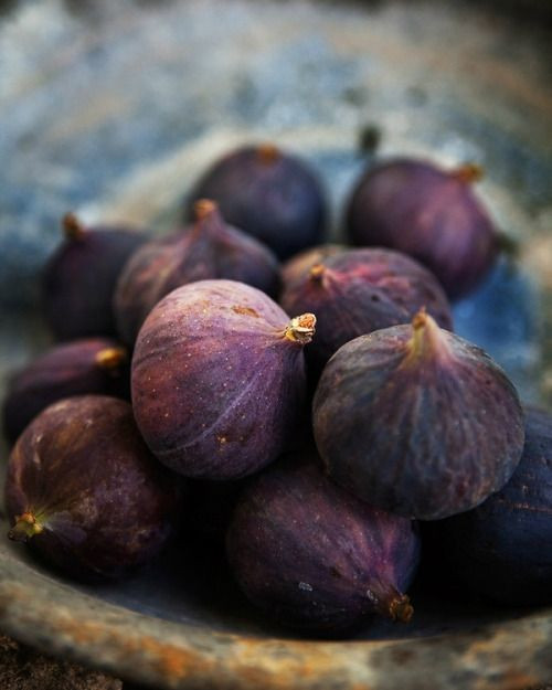 Figs and purple wedding food