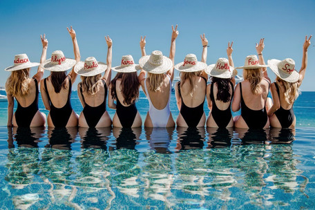 Best Songs to Play at a Bachelorette Party