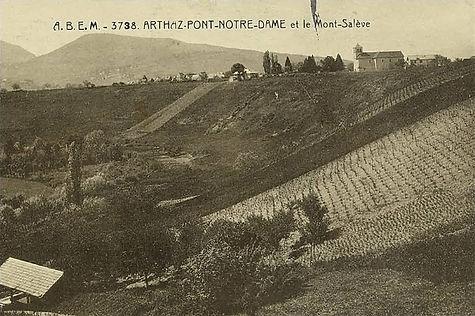 Fondation d'Arthaz Pont-Notre-Dame.jpg