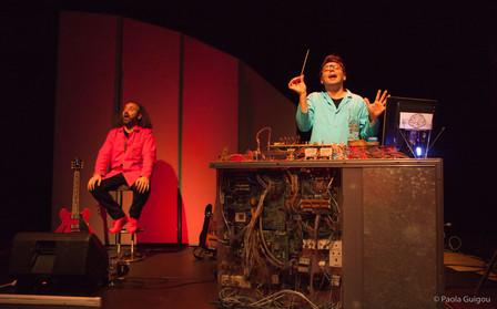 La Machine à Chansons du Professeur Cervelle