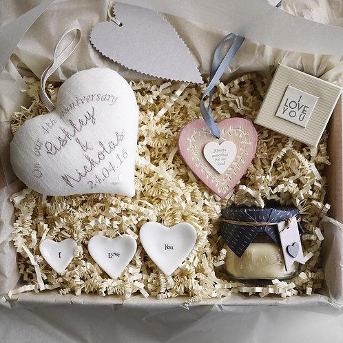 linen wedding anniversary gift