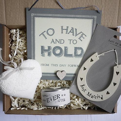 personalised wedding gift hamper