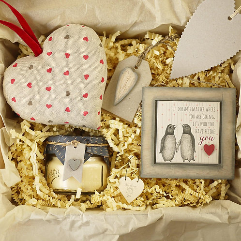 personalised Valentines Day gift hamper | Valentines gifts