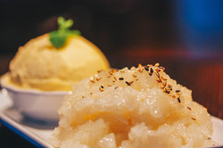 Sweet Sticky Rice _ Mango Ice Cream