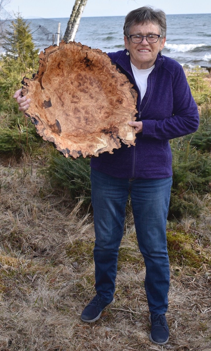 The Biggest and the Best, Aspen Burl Bowl