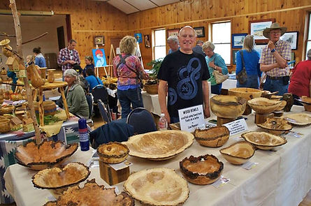 Lou Pignolet at the Hovland Arts Festival