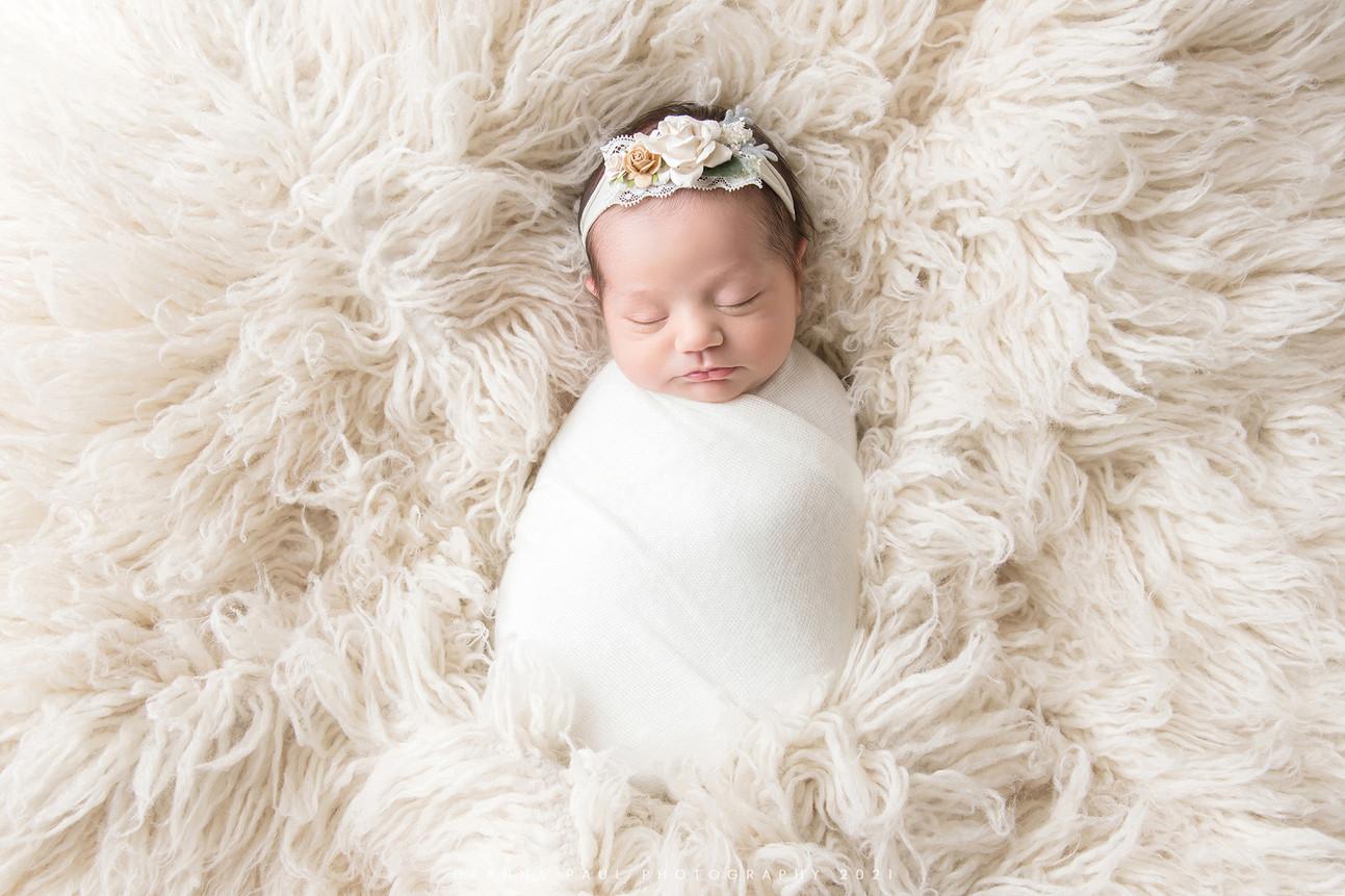Peyton_newborn_03.jpg